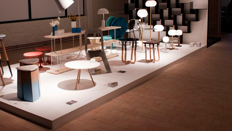 Dot table exhibited in Interieur 2012